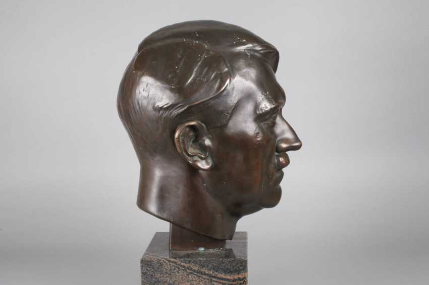 Hermann Joachim Pagels, A Dictator Bust Of Adolf H. - photo 5