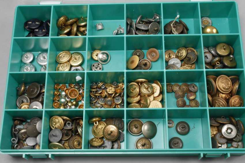 Collection of buttons and badges of rank - photo 3