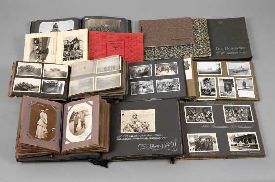 Collection of photo albums of the two world wars - photo 1