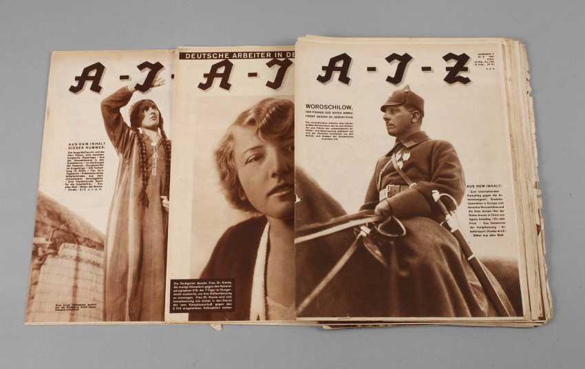 Collection Of Arbeiter-Illustrierte-Zeitung - photo 1