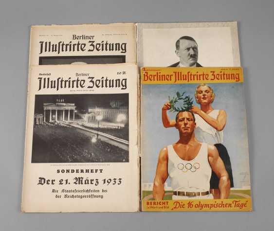 Vintage Propaganda Magazine - photo 1