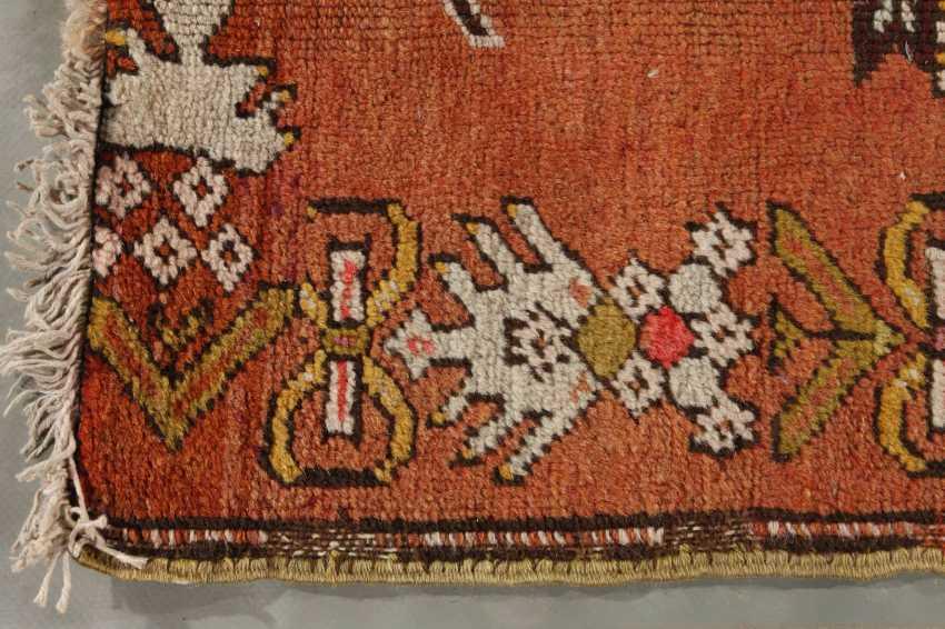 Anatolian Prayer Rug - photo 3