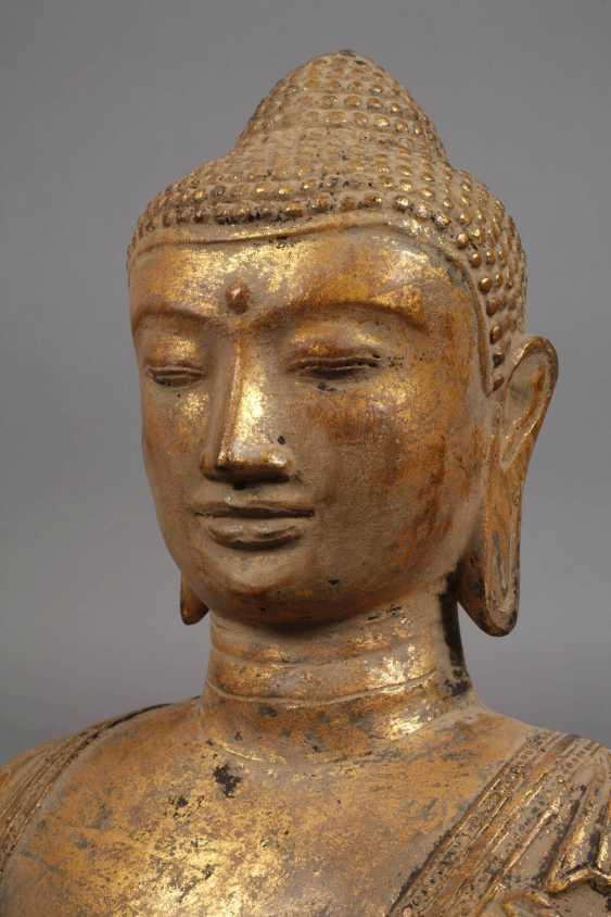 Large standing Buddha - photo 5