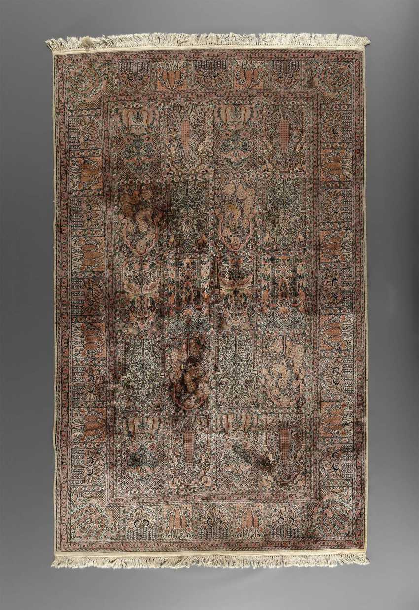 Carpet Art Silk Ties - photo 1