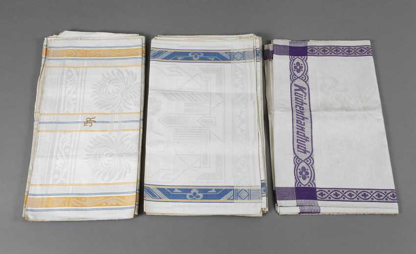 Vintage towels with color borders - photo 1