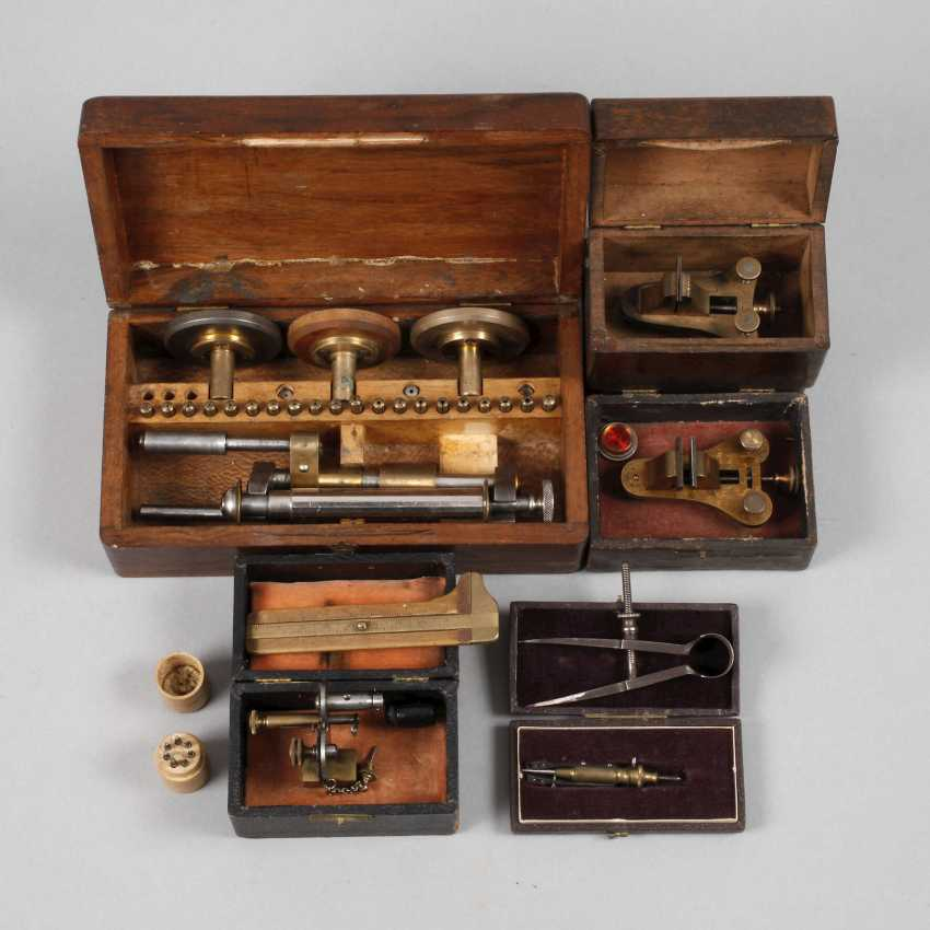 Items Watchmaker Tool - photo 1
