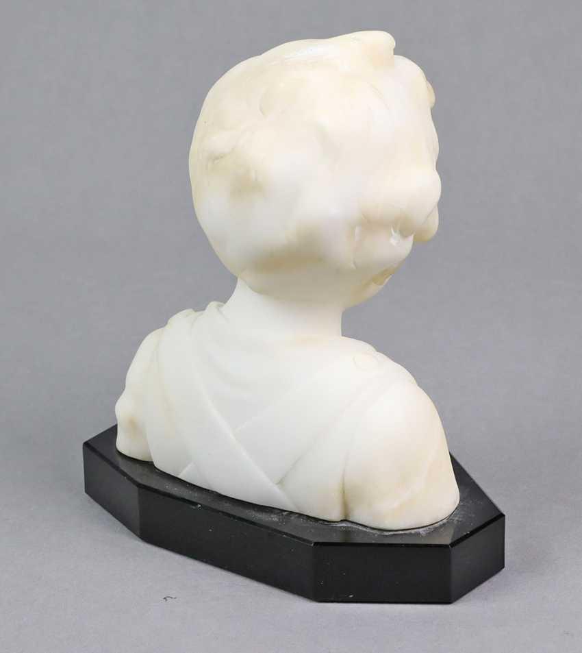 Alabaster Girl Bust - photo 2