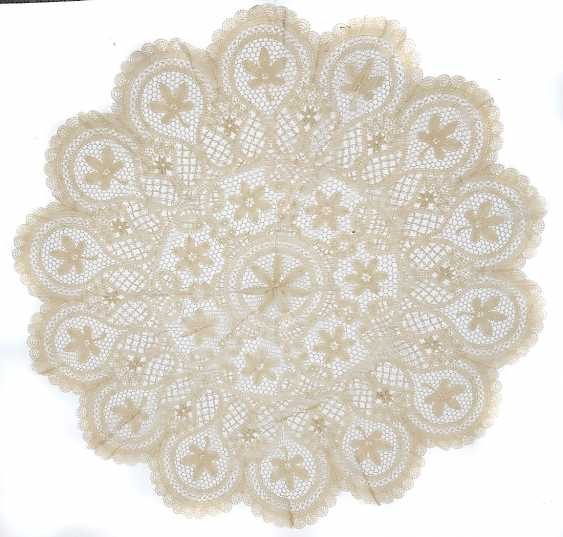 round lace blanket - photo 1