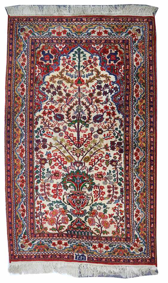 hand knotted Oriental carpet - photo 1