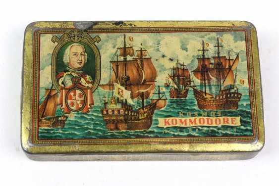 Cigarette Box *Cosmos Commodore* - photo 1