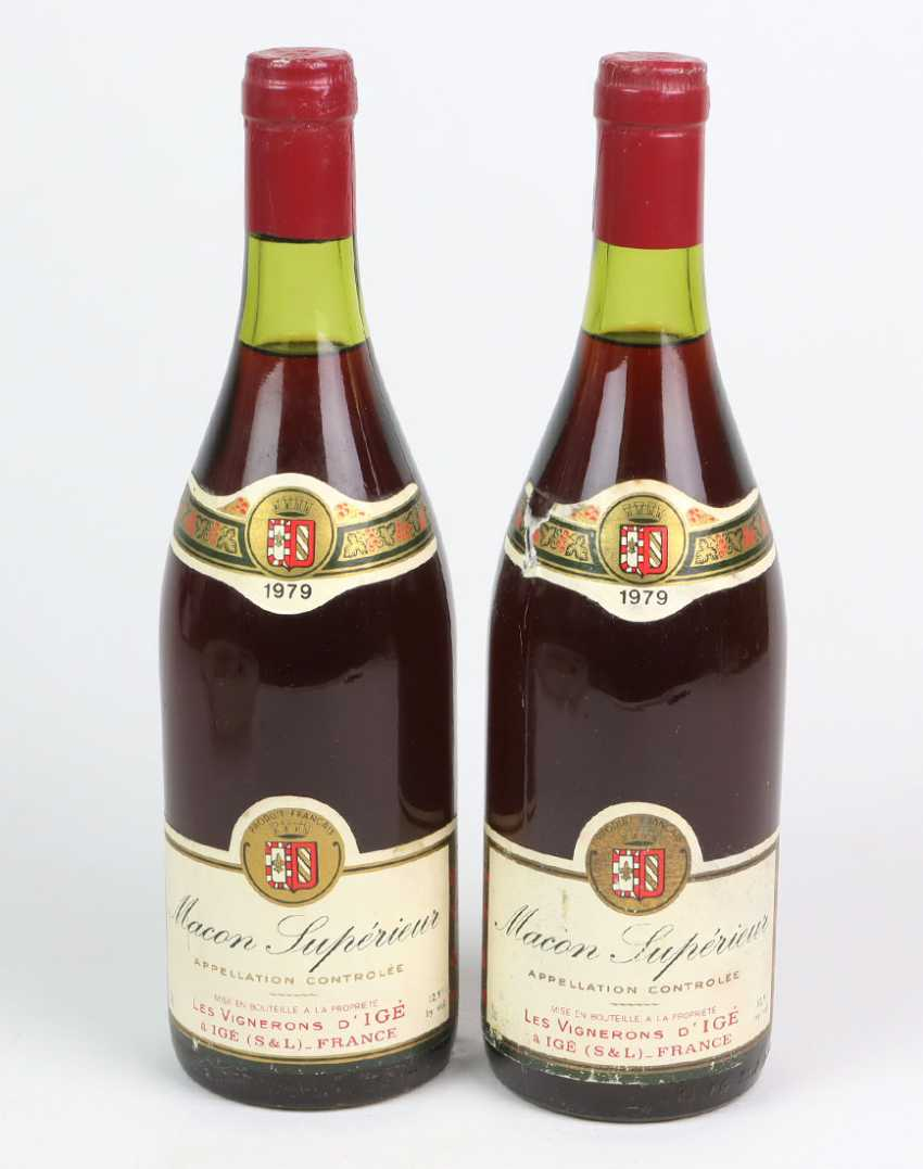 2 bottles of French red wine in 1979 - photo 1