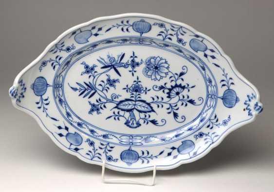 Meissen *Onion Pattern* Serving Plate Has A - photo 1