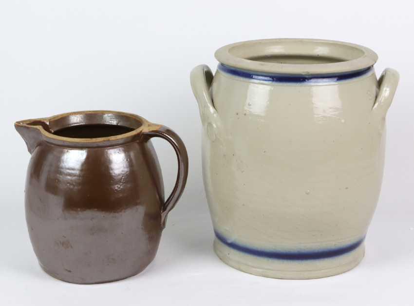 large ceramic vase, among other things, - photo 2