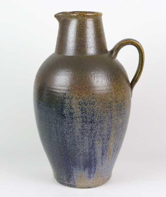 large ceramic vase, among other things, - photo 3