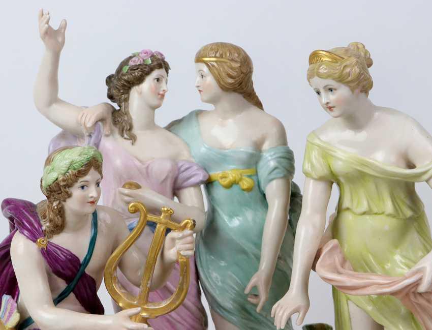 large figure group - photo 2