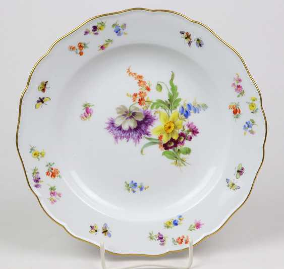 Meissen plate *flower bouquet with insects* 1870 - photo 1