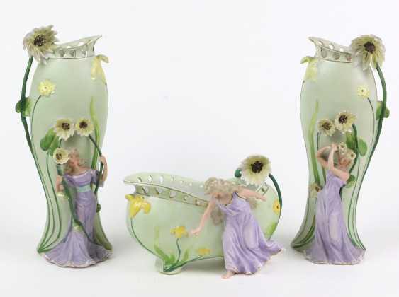 Art Nouveau vase pair of u principal investigator - photo 1