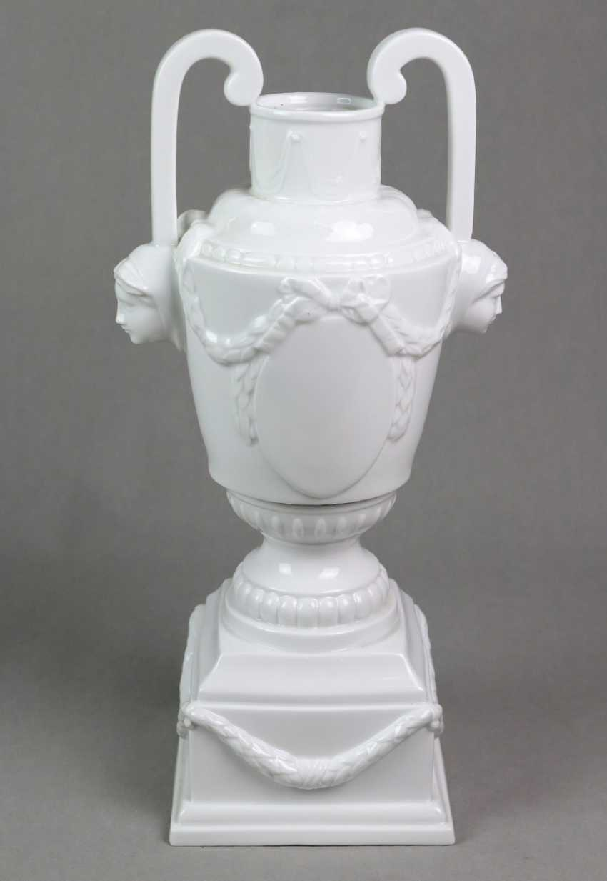 The Lampstand Maximum Porcelain - photo 1