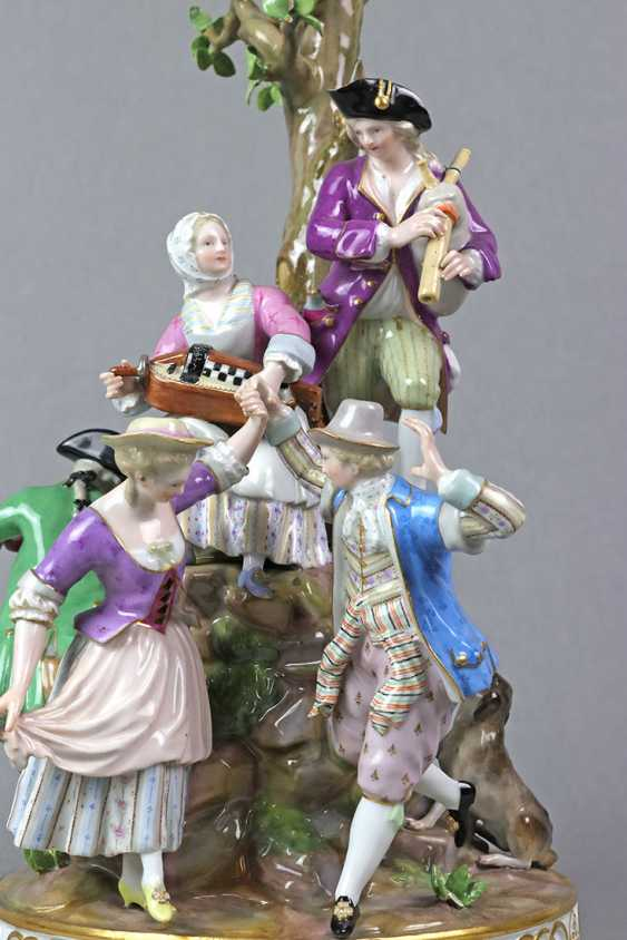 Meissen large figure of group 1850 - photo 2
