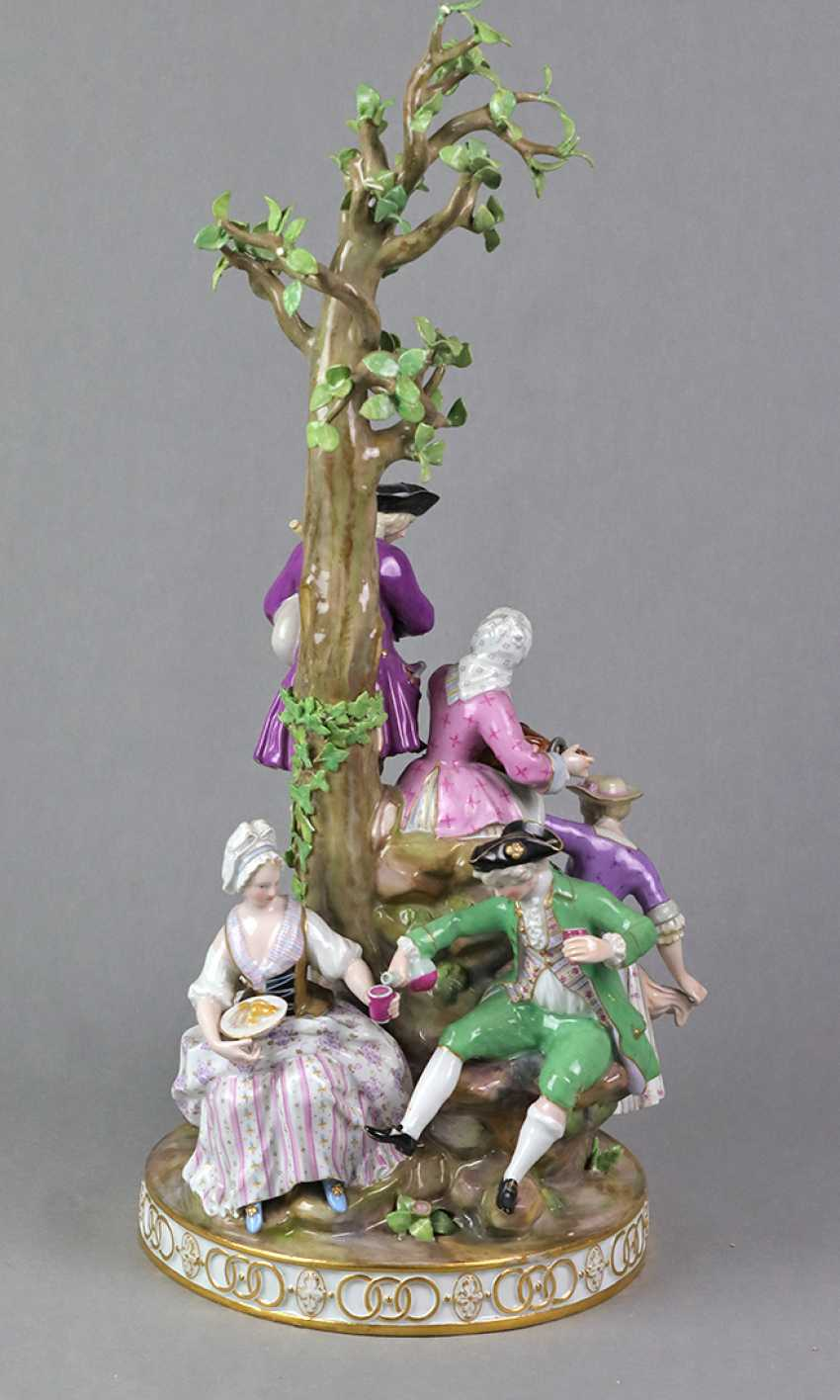 Meissen large figure of group 1850 - photo 3