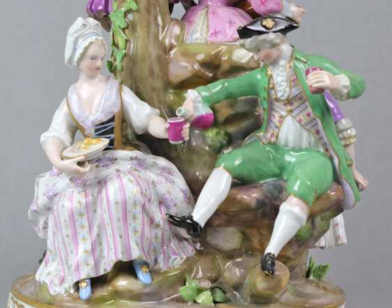 Meissen large figure of group 1850 - photo 5