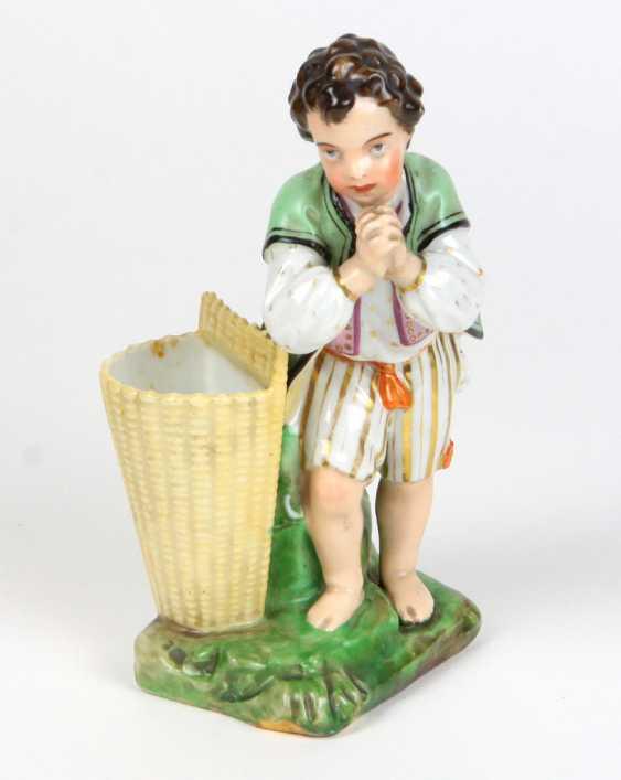 Biedermeier porcelain figurine circa 1840 - photo 1