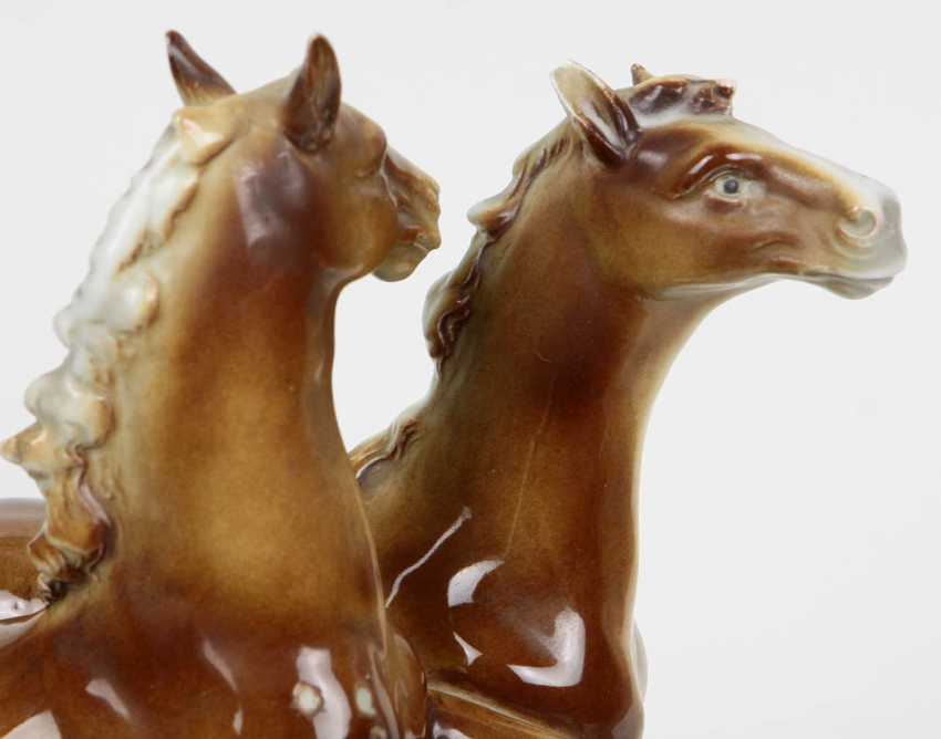 Horse figure - photo 4