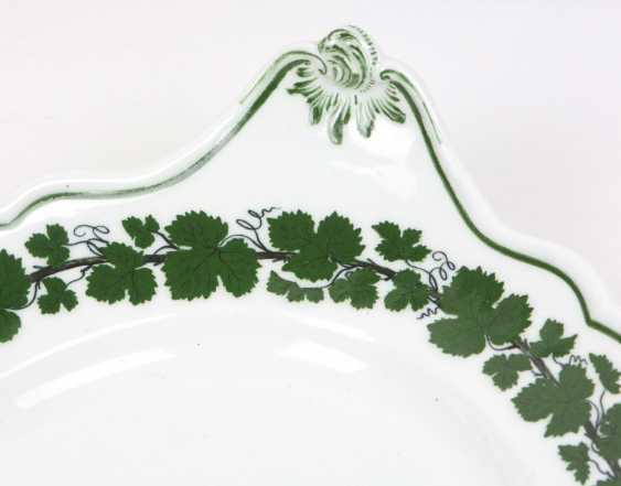 Meissen Vine Leaf Serving Plate Has A - photo 2