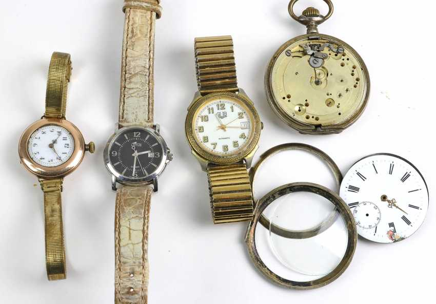 Item wristwatches and pocket watches - photo 1