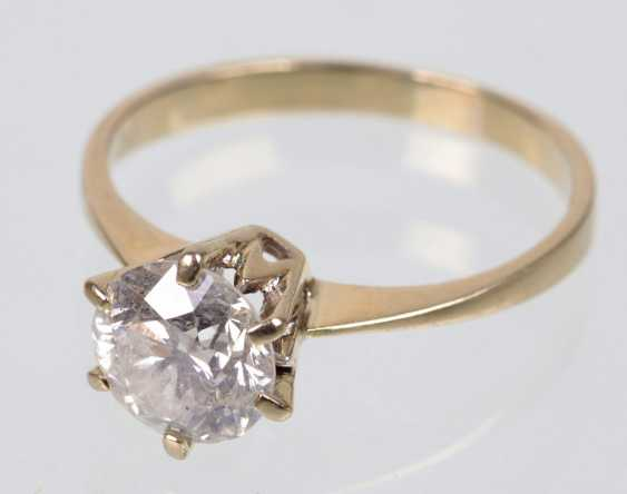 Ring brilliant solitaire of 1.25 ct white gold 750 - photo 4