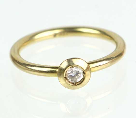 Cubic Zirconia Ring - Yellow Gold 333 - photo 1