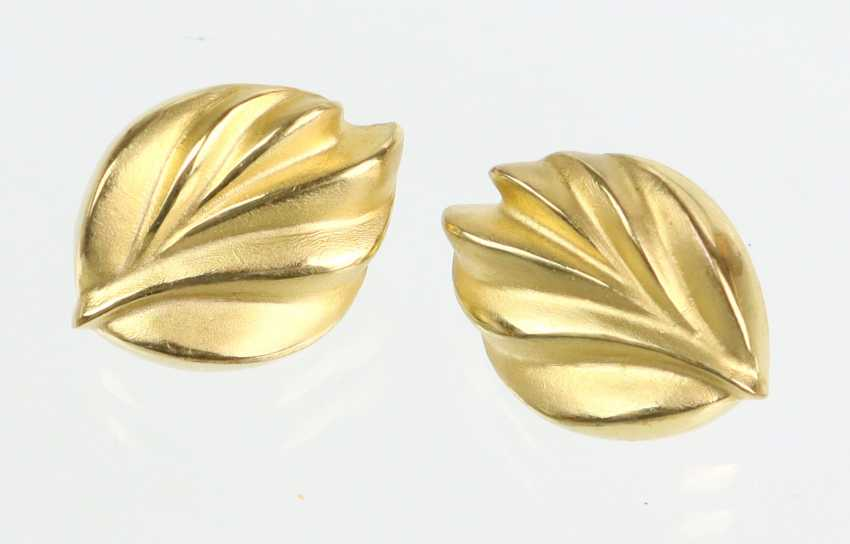 large leaf ear studs yellow gold 333 - photo 1