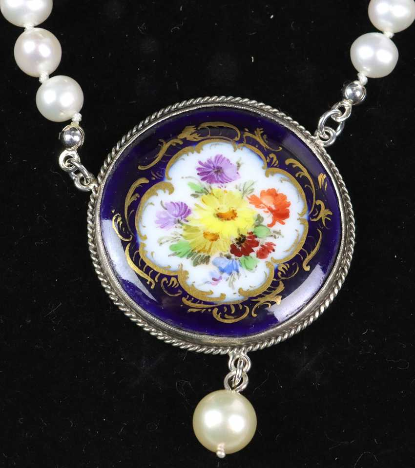 Necklace with antique Meissen porcelain pendant - photo 2
