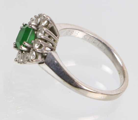Emerald Diamond Ring - White Gold 585 - photo 2