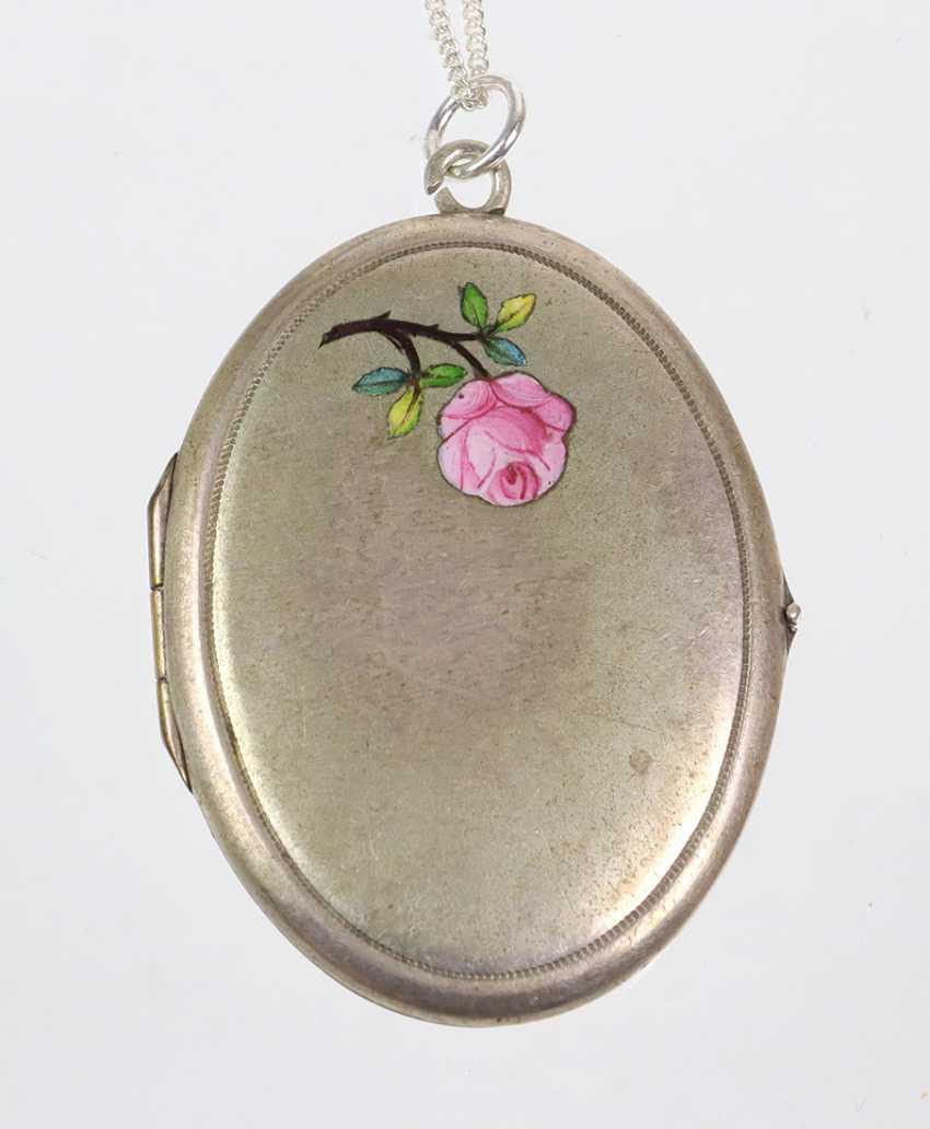 Art Nouveau enamel locket on silver chain - photo 1
