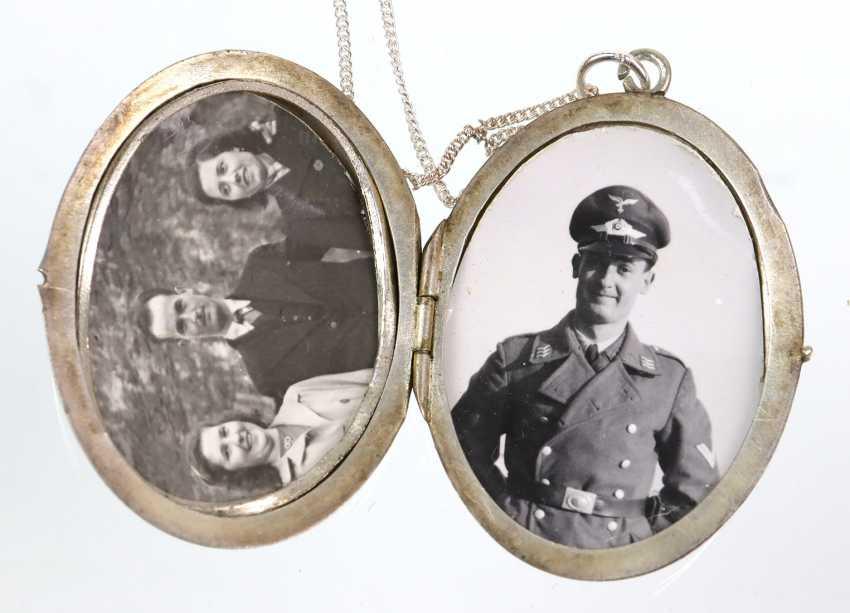 Art Nouveau enamel locket on silver chain - photo 2