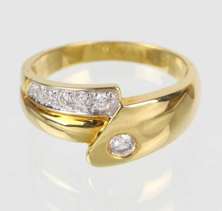 Ring mit Zirkonia - Gelbgold 333 - Foto 1