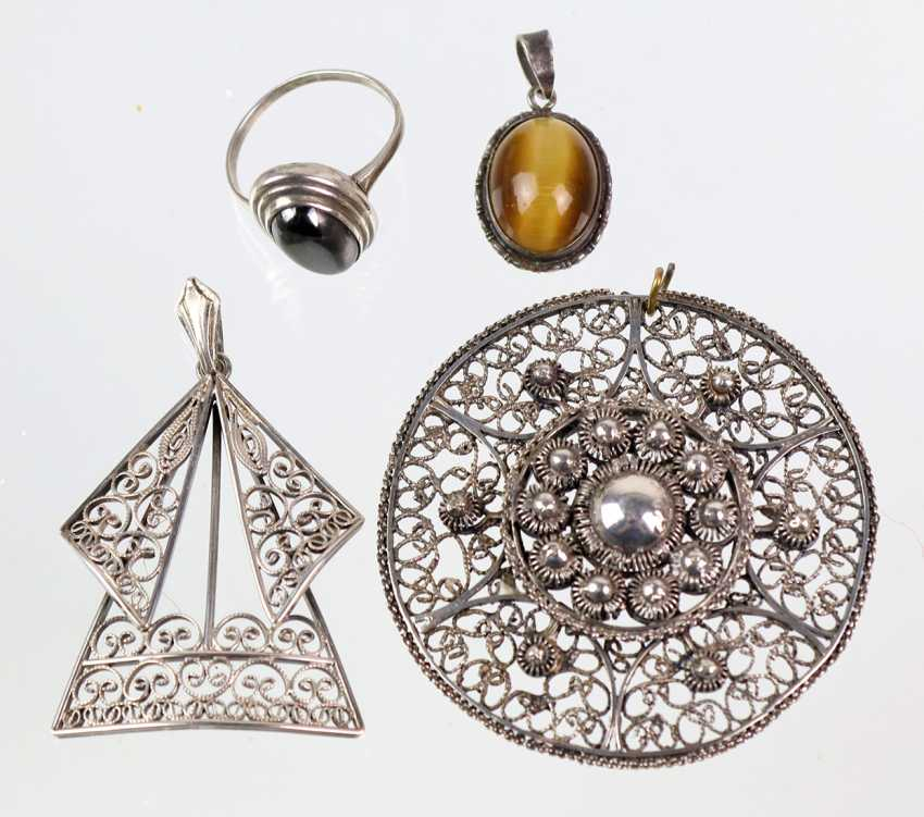 2 Filigree pendant among other things - photo 1