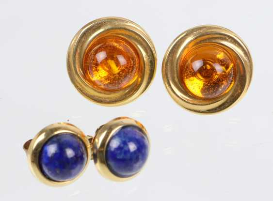 2 Pairs Of Stud Earrings - Yellow Gold 333/375 - photo 1