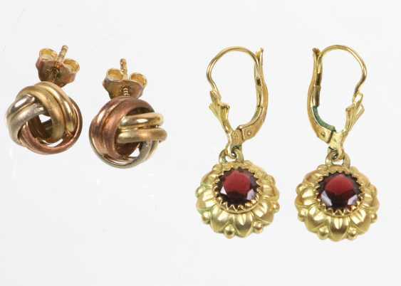 2 Pair of earrings - yellow gold/WG/RG 333 - photo 1