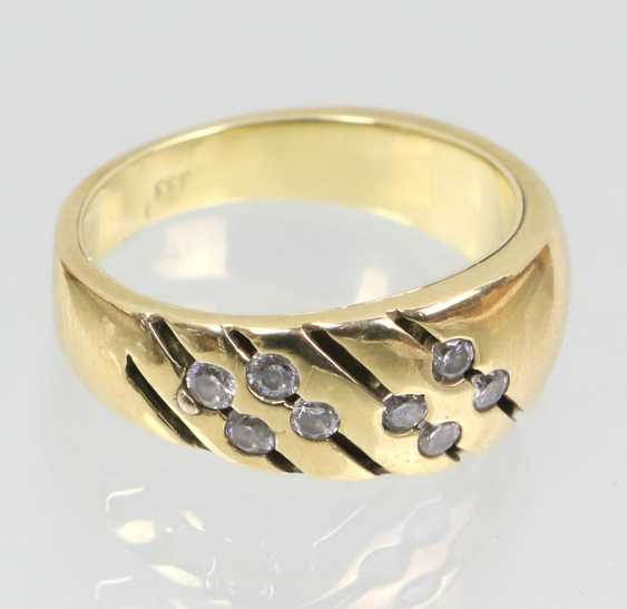 Ring with cubic Zirconia - yellow gold 333 - photo 1
