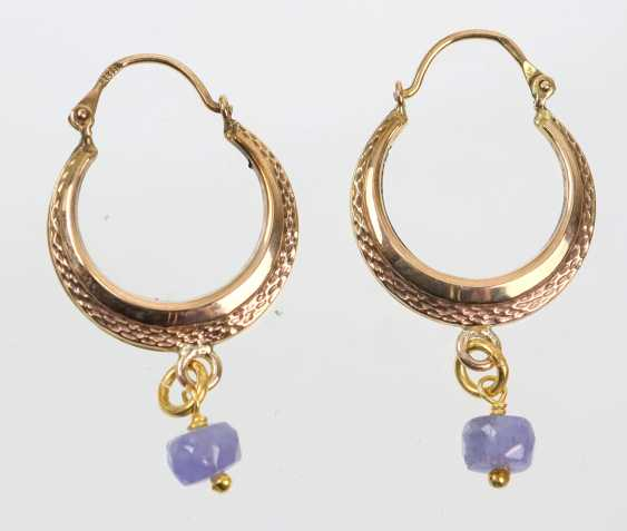Hoop earrings with tanzanite - yellow gold 333 - photo 1