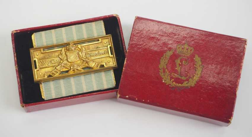 Bavaria: Fire Brigade Decoration, after 25 years of service (1884-1918), in a case. - photo 1