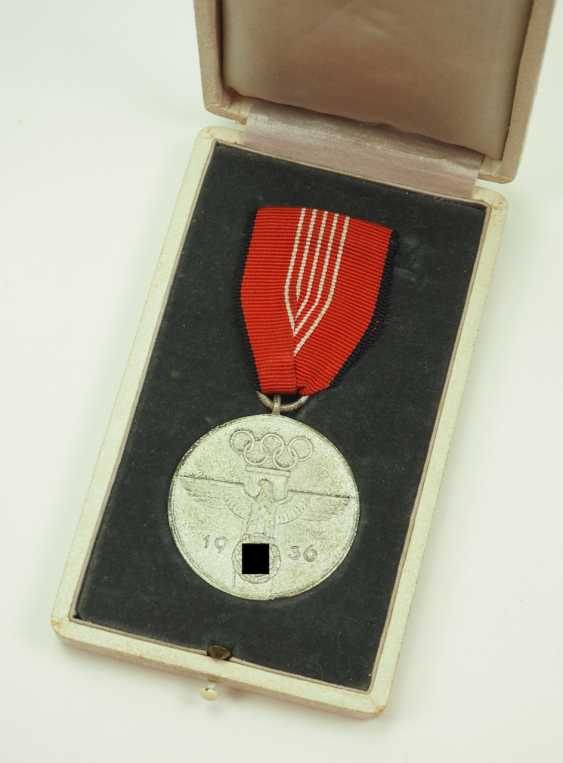 Olympia commemorative medal, in a case. - photo 1