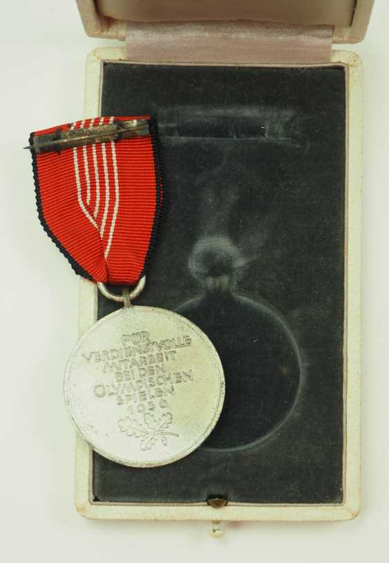 Olympia commemorative medal, in a case. - photo 2