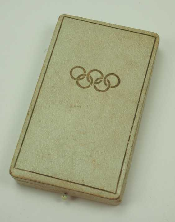 Olympia commemorative medal, in a case. - photo 3