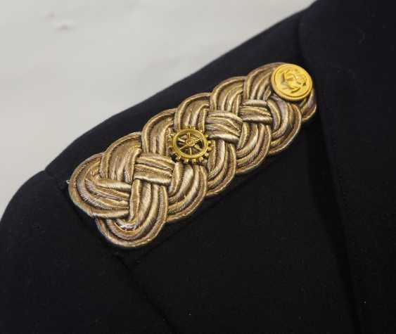Navy: coat of an administration corvette captain. - photo 2