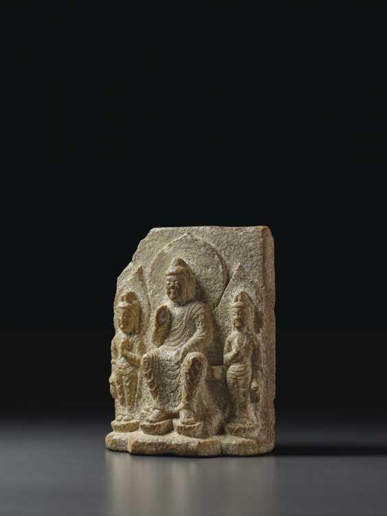 A STONE BUDDHIST STELE - photo 1