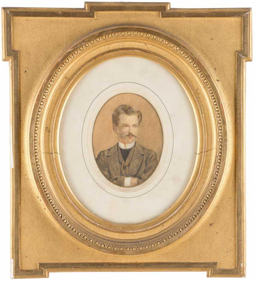 Portrait of 'Anna Von Droste' and portrait of a gentleman - photo 2