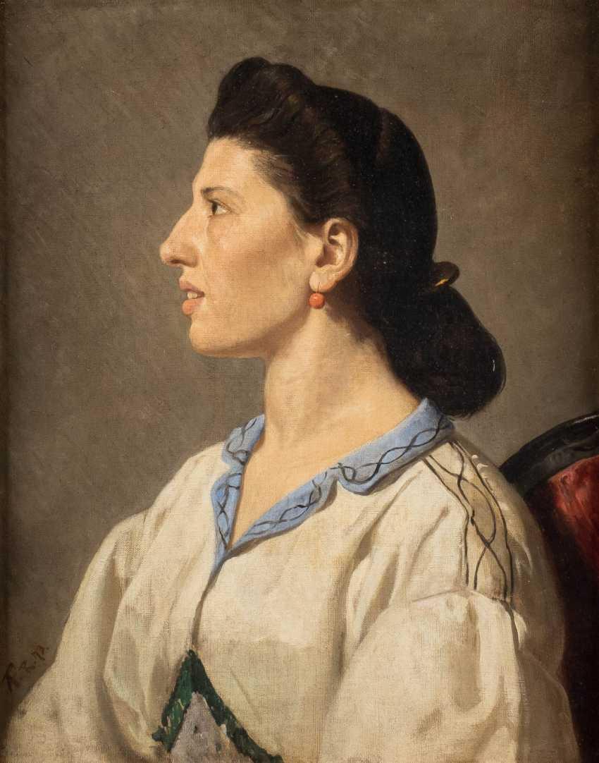 Portrait of an Italian woman - photo 1